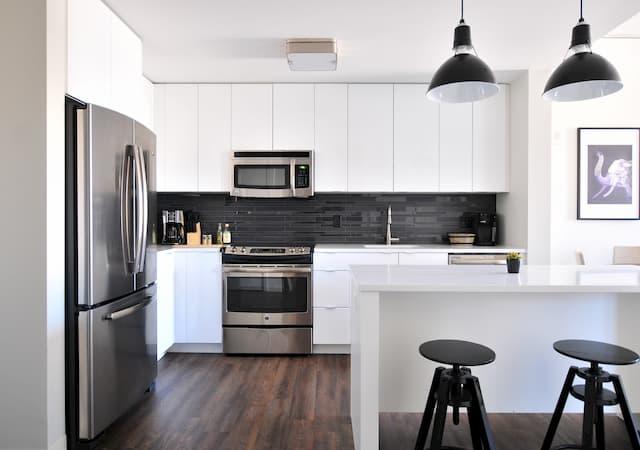 Kitchen Decluttering